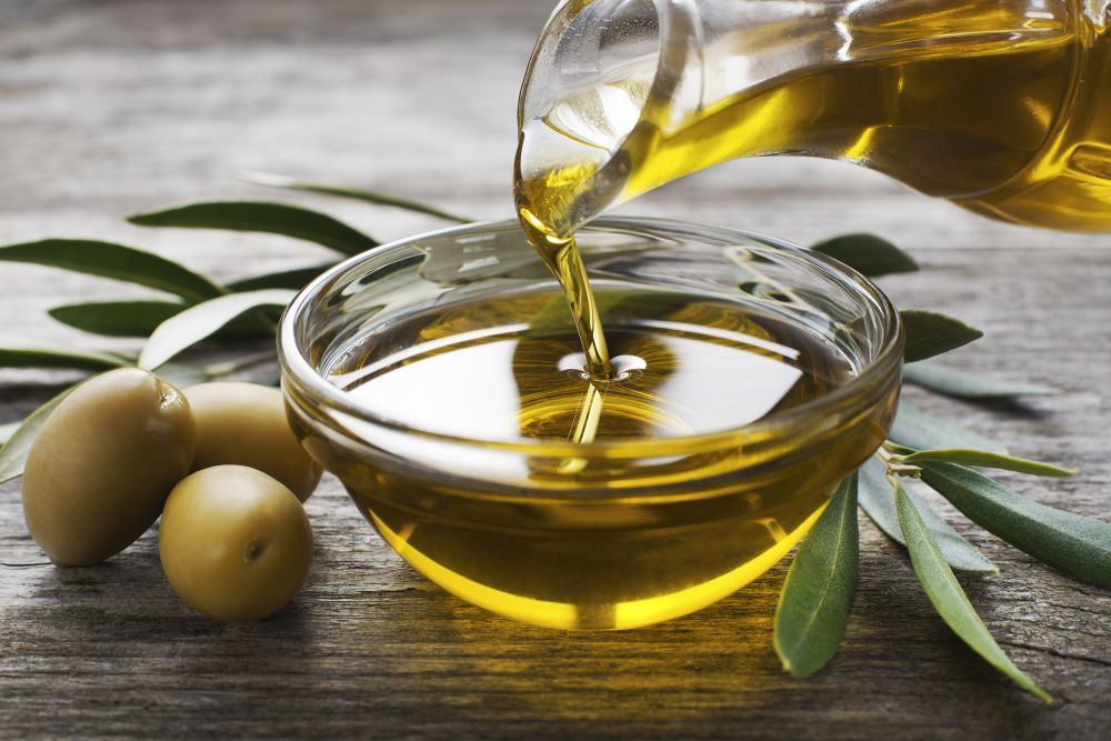 oliwa-z-oliwek-wlasciowsci-odzywcze-i-zdrowotne