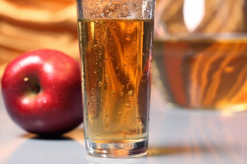 Ocet jabłkowy na włosy płukanka